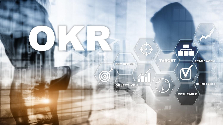 AdobeStock 274216385 - A Journey through OKRs